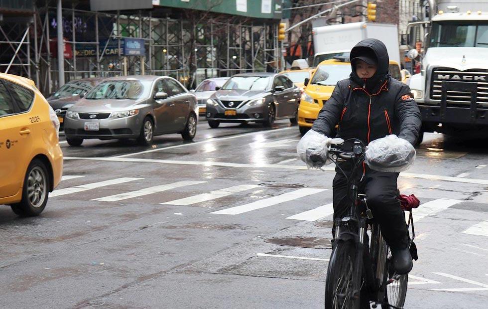 自転車用レインコートのイメージ