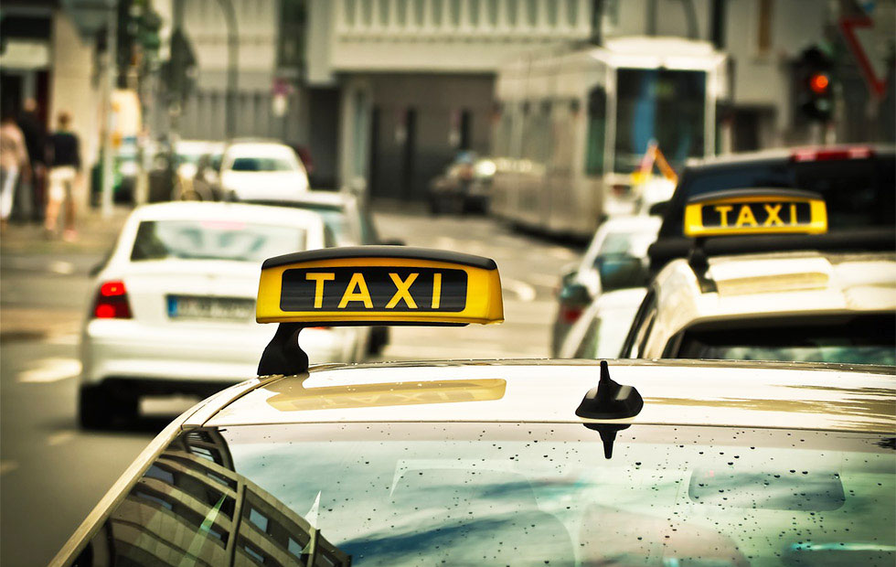 タクシーの走行イメージ