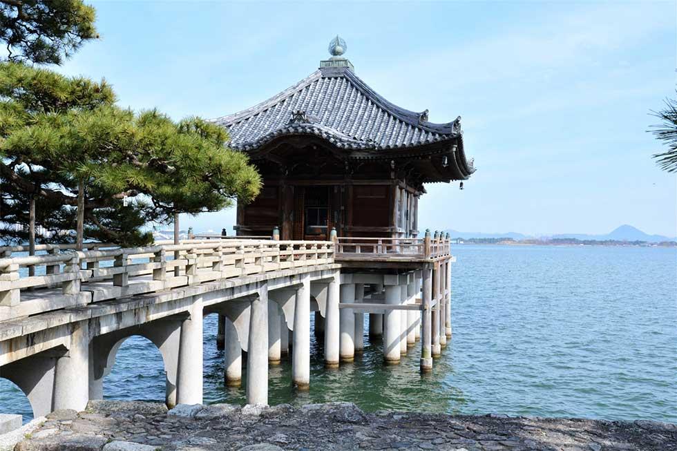 滋賀県琵琶湖のイメージ