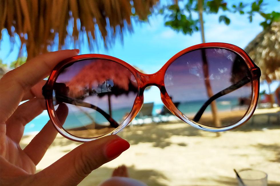 おしゃれなサングラスのイメージ