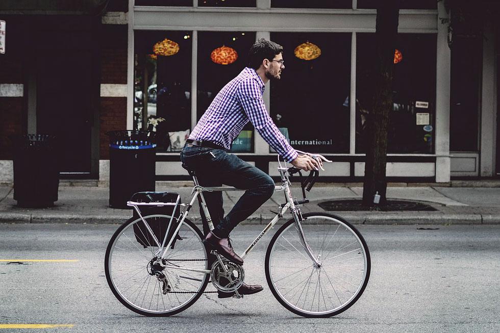 自転車通勤のイメージ